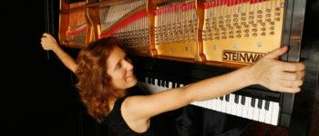 Pianist Carolyn Enger